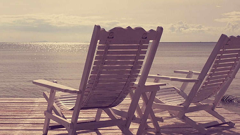 Applegate_views_chairs