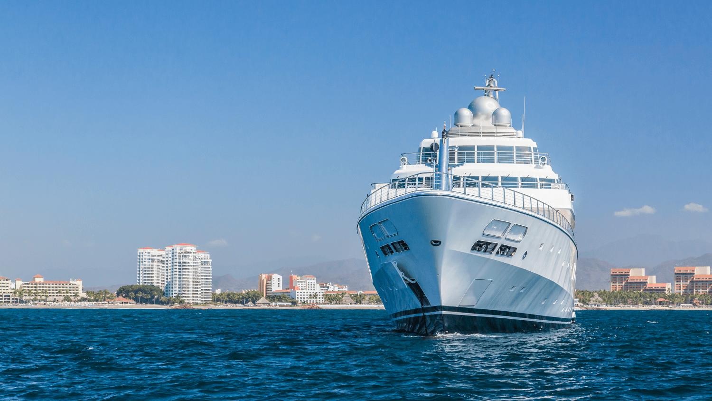 David Geffen's yacht 'Rising Sun' spotted in Puerto Vallarta