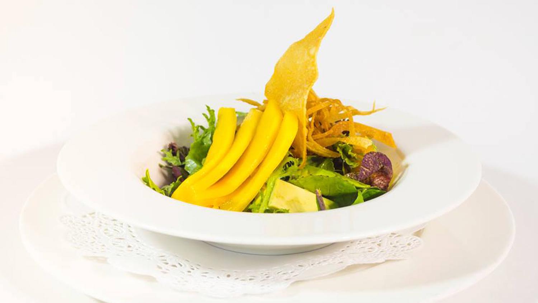 River Café Honors Mango and Garlic with Special Menu