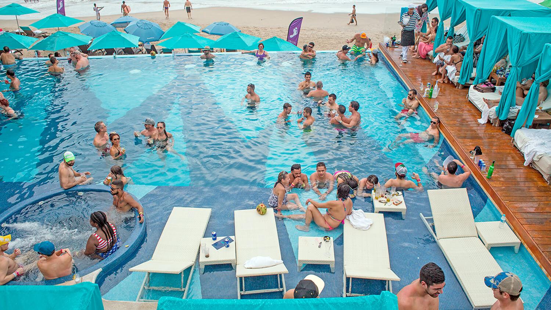 Mantamar Vallarta Pool Party